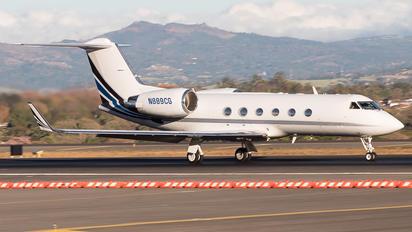 N889CG - Private Gulfstream Aerospace G-IV,  G-IV-SP, G-IV-X, G300, G350, G400, G450