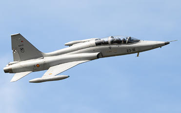 AE.9-27 - Spain - Air Force CASA-Northrop  SF-5B(M) Freedom Fighter