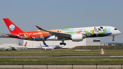 F-WZFK - Sichuan Airlines  Airbus A350-900