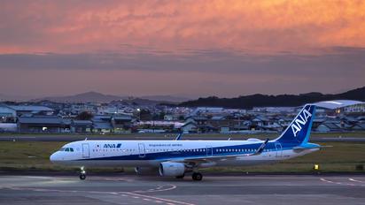 JA114A - ANA - All Nippon Airways Airbus A321