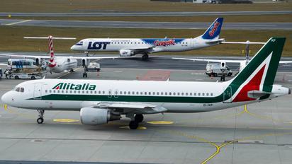 EI-IKV - Alitalia Airbus A320