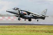 ZD327 - Royal Air Force British Aerospace Harrier GR.7 aircraft