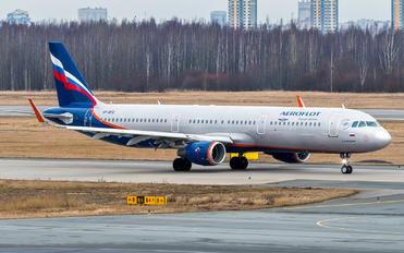 VP-BFQ - Aeroflot Airbus A321