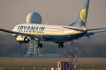 EI-DHT - Ryanair Boeing 737-800
