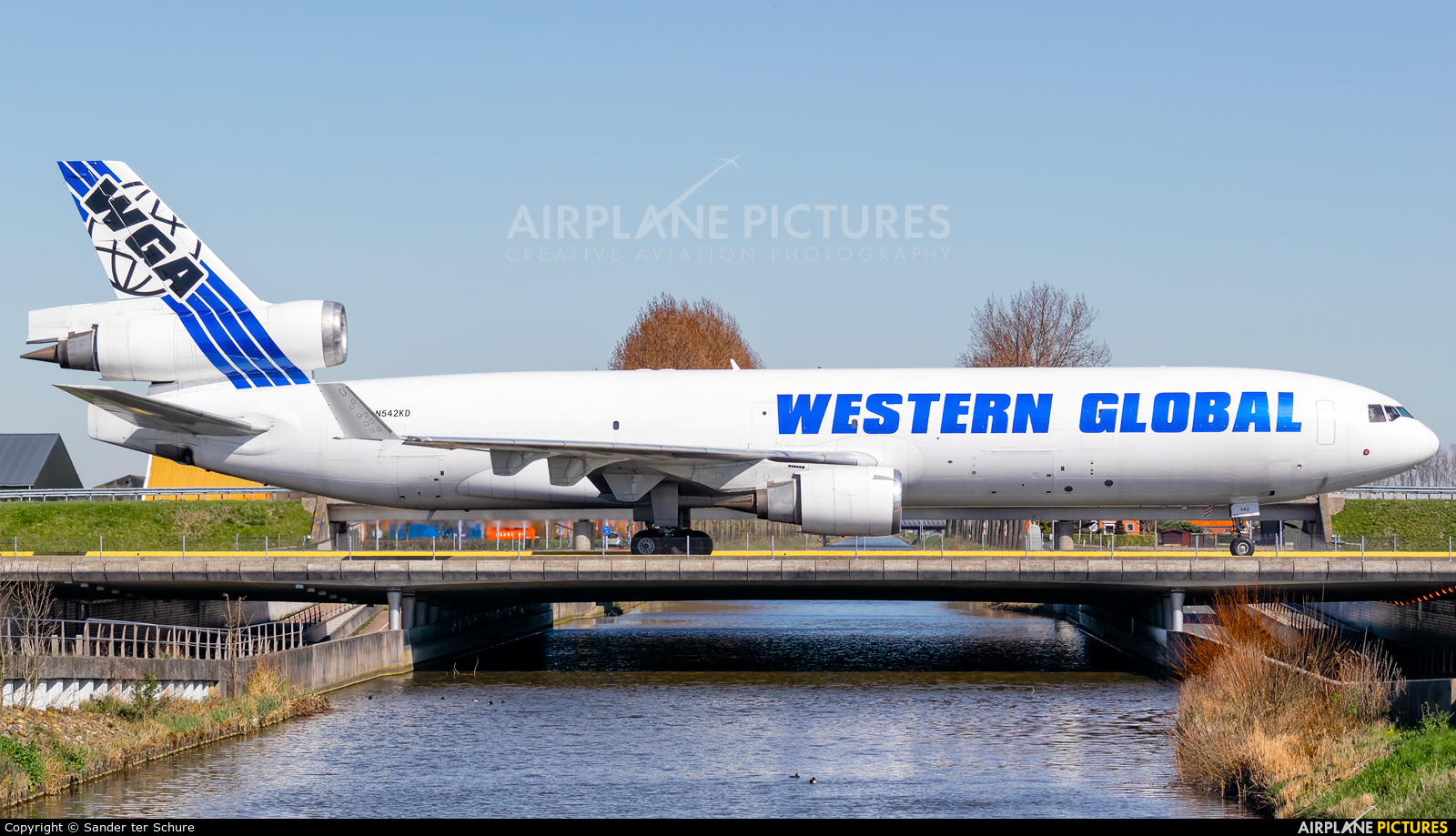 Western Global Airlines N542KD aircraft at Amsterdam - Schiphol
