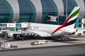 A6-EEO - Emirates Airlines Airbus A380