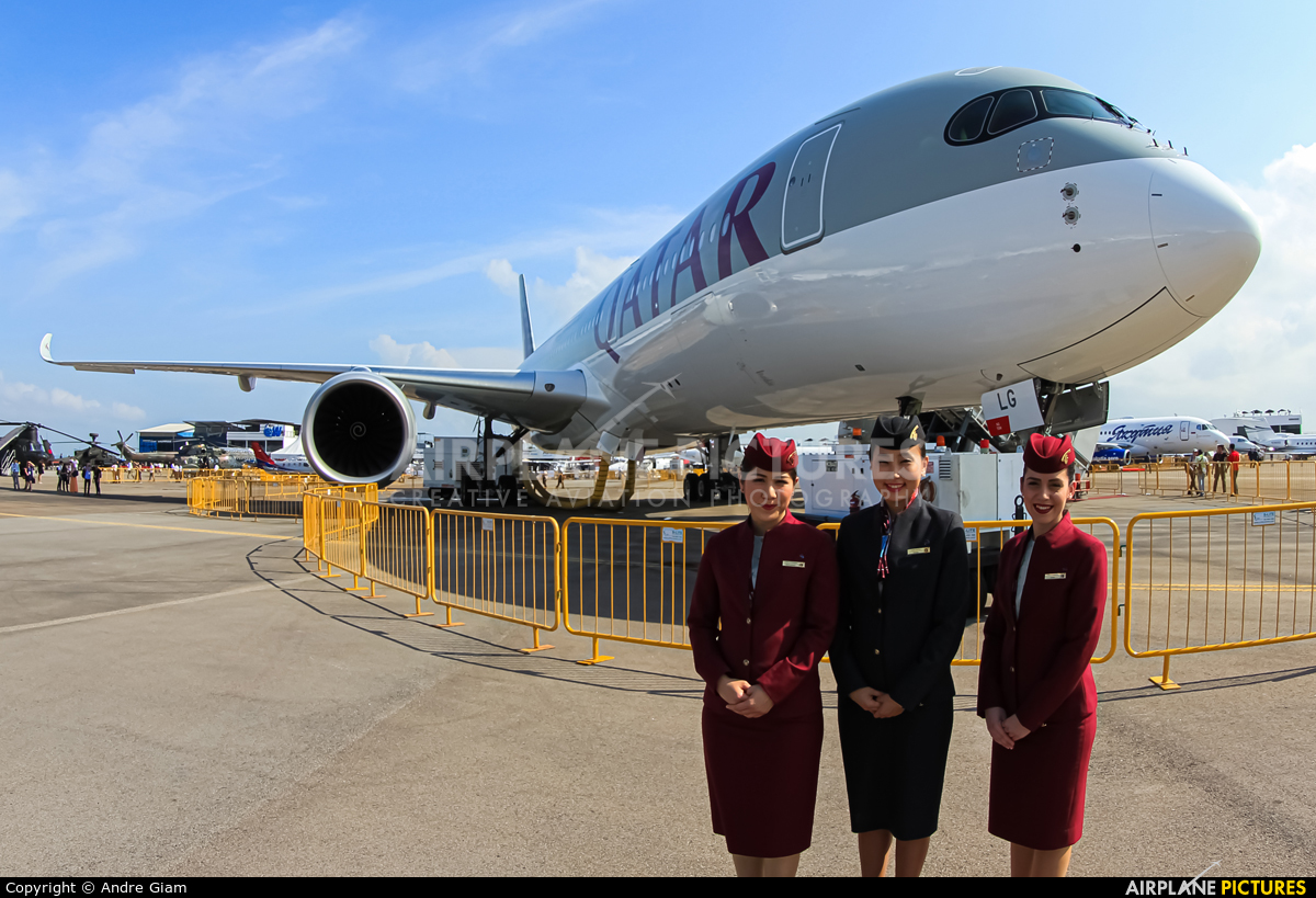 Qatar Airways A7-ALG aircraft at Singapore - Changi
