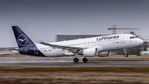 D-AIWJ - Lufthansa Airbus A320 aircraft