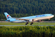 HL7540 - Korean Air Airbus A330-300 aircraft