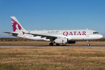 A7-AHG - Qatar Airways Airbus A320