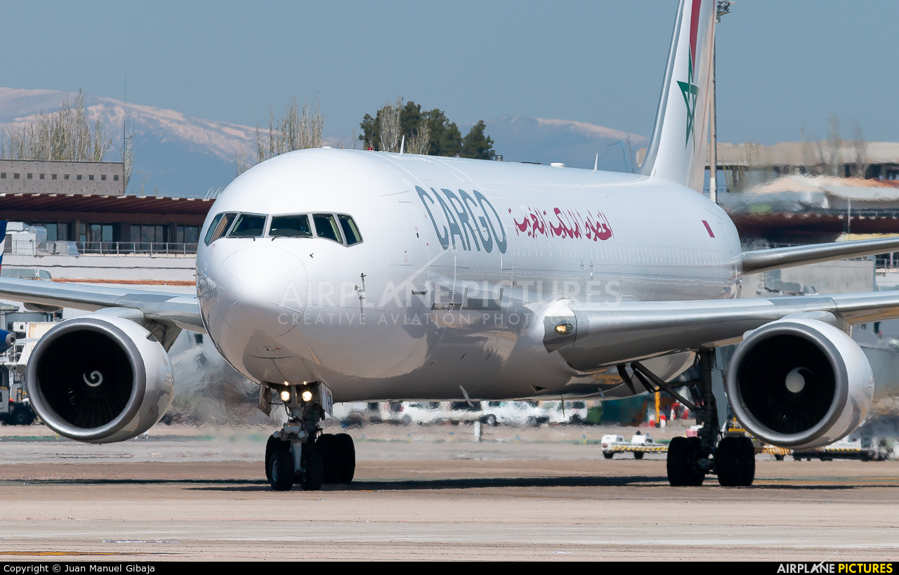 Royal Air Maroc Cargo CN-ROW aircraft at Madrid - Barajas