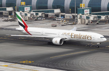 A6-ENK - Emirates Airlines Boeing 777-300ER