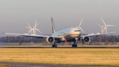 A6-ETS - Etihad Airways Boeing 777-300ER