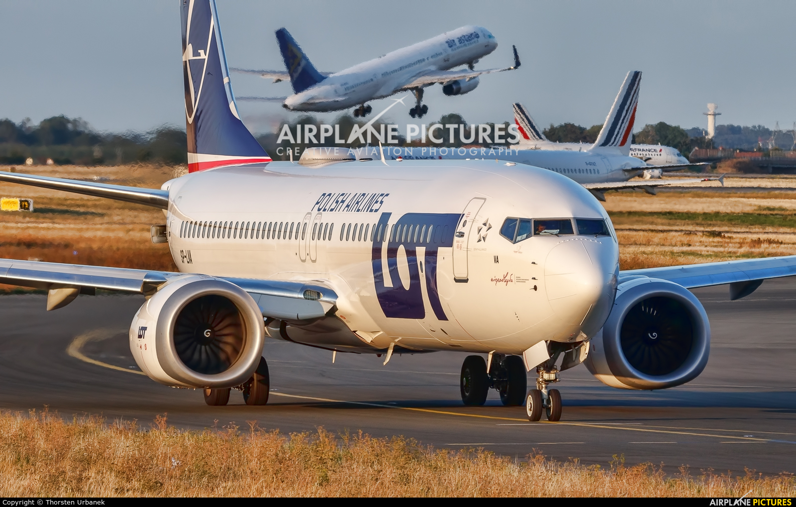 LOT - Polish Airlines SP-LVA aircraft at Paris - Charles de Gaulle