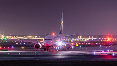 EI-GJN - Ryanair Boeing 737-800
