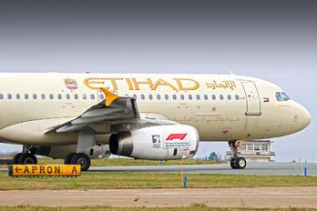 A6-EIK - Etihad Airways Airbus A320