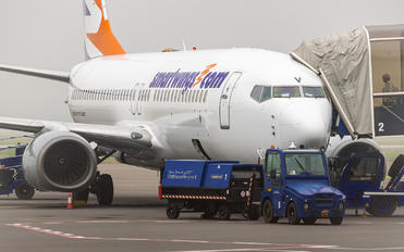 OK-TSV - SmartWings Boeing 737-800