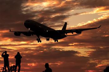 EC-KCL - Iberia Airbus A340-300