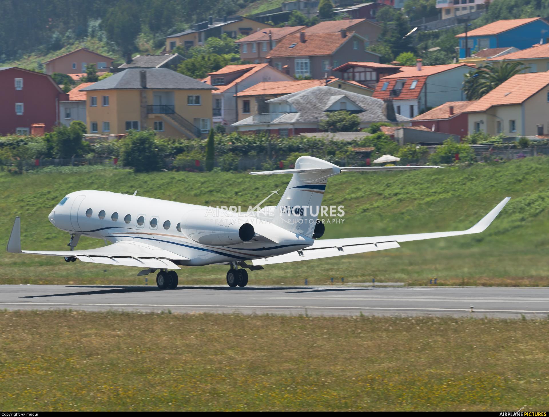 Private N762MS aircraft at La Coruña