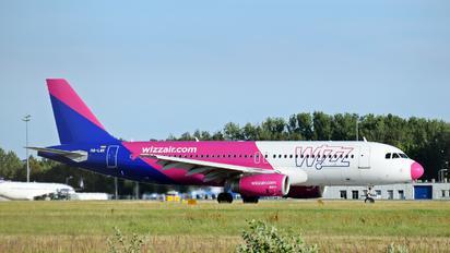 HA-LWK - Wizz Air Airbus A320
