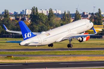 SE-ROM - SAS - Scandinavian Airlines Airbus A320 NEO