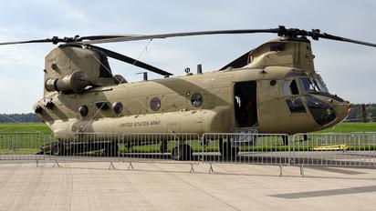 13-08436 - USA - Army Boeing CH-47F Chinook