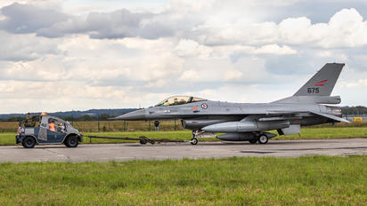 675 - Norway - Royal Norwegian Air Force General Dynamics F-16AM Fighting Falcon