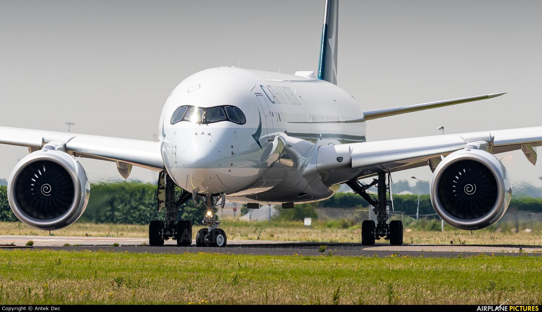 Cathay Pacific B-LXL aircraft at Amsterdam - Schiphol