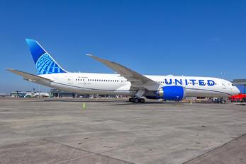 N24976 - United Airlines Boeing 787-9 Dreamliner