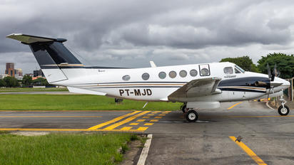 PT-MJD - Private Beechcraft 200 King Air
