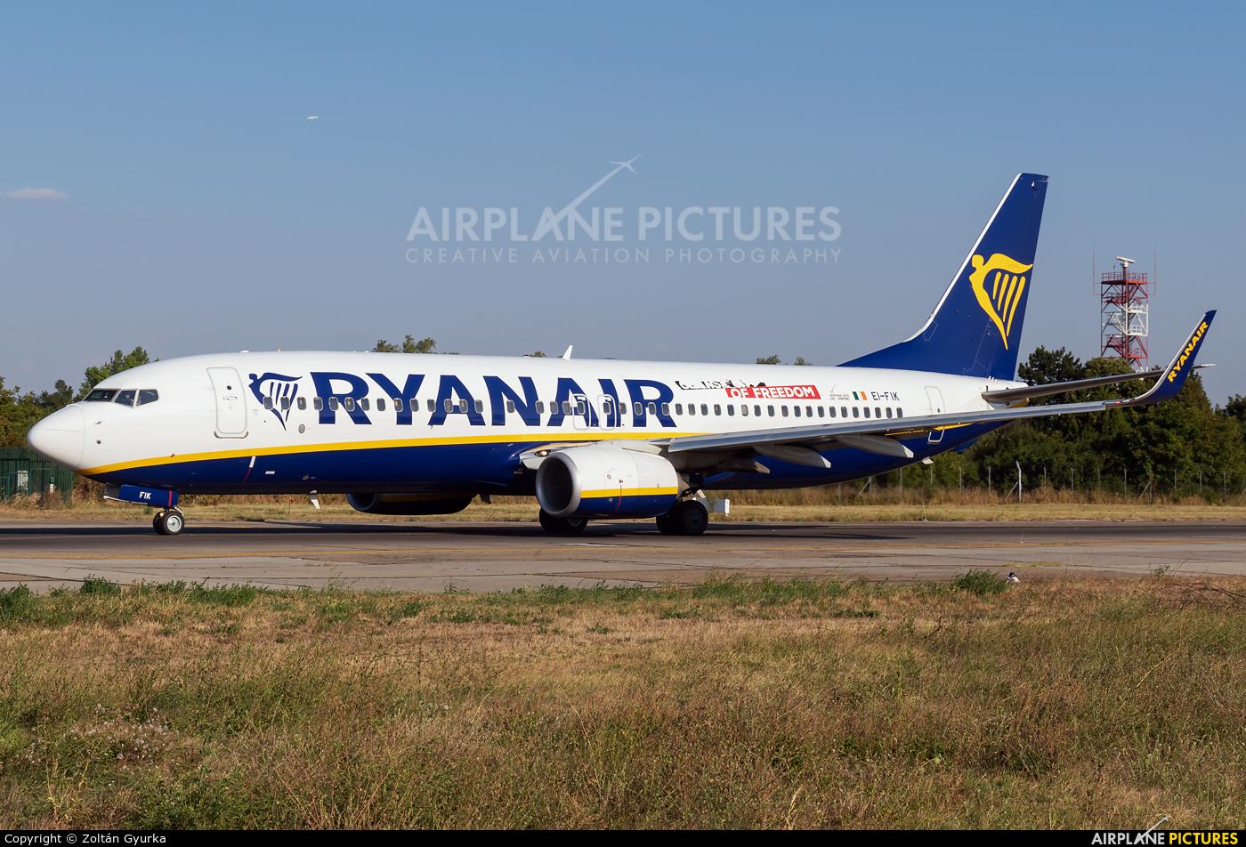 Ryanair EI-FIK aircraft at Bucharest - Henri Coandă