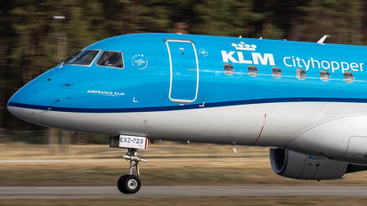 PH-EXZ - KLM Embraer ERJ-175 (170-200)