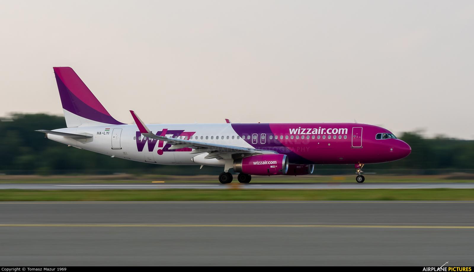 Wizz Air HA-LYI aircraft at Katowice - Pyrzowice