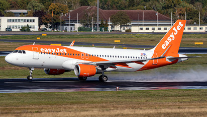 OE-ICT - easyJet Europe Airbus A320