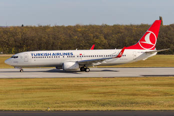 TC-JHN - Turkish Airlines Boeing 737-800