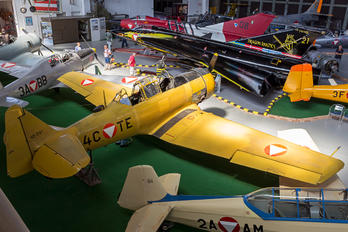 4C-TE - Austria - Air Force North American Harvard/Texan (AT-6, 16, SNJ series)