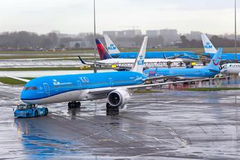 PH-BKC - KLM Boeing 787-10 Dreamliner