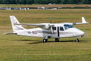 HA-BGD - Private Tecnam P2006T