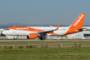 G-EZWL - easyJet Airbus A320