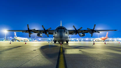 4704 - Philippines - Air force Lockheed C-130H Hercules