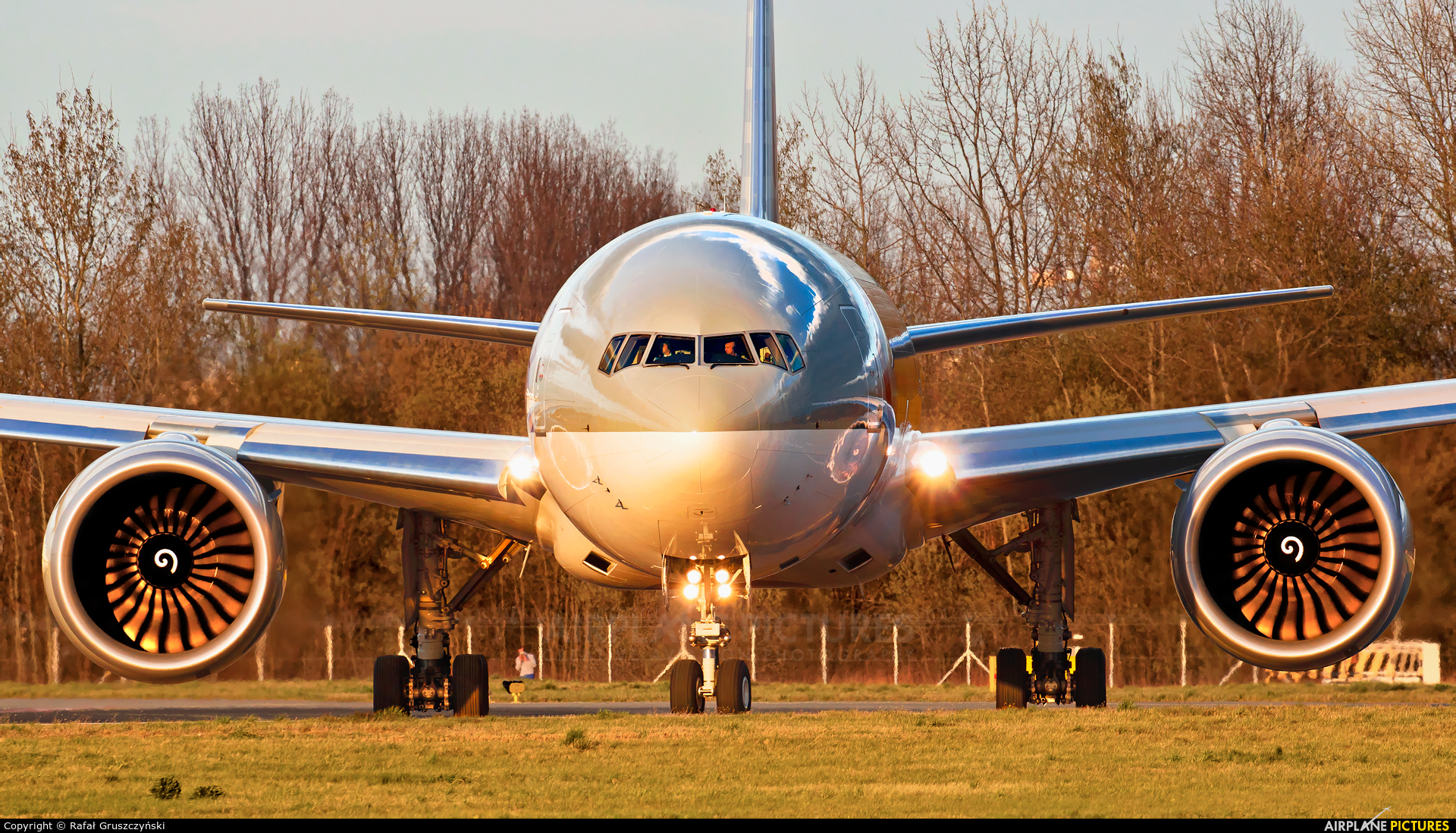 Qatar Airways Cargo A7-BFT aircraft at Warsaw - Frederic Chopin