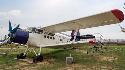 HA-YHF - Malév Aero Club Antonov An-2