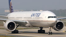 N2534U - United Airlines Boeing 777-300ER aircraft