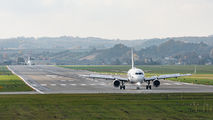 - - Airport Overview - Airport Overview - Runway, Taxiway aircraft
