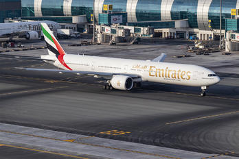 A6-EGC - Emirates Airlines Boeing 777-300ER