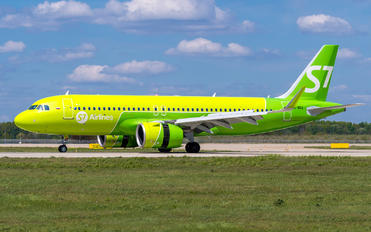 VQ-BRA - S7 Airlines Airbus A320 NEO