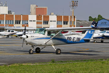 PR-EJW - EJ Escola de Aeronáutica Cessna 152
