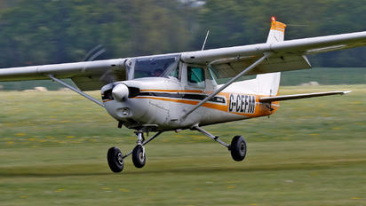 G-CEFM - Private Cessna 152