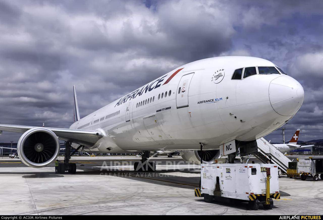 Air France F-GZNC aircraft at São Paulo - Guarulhos