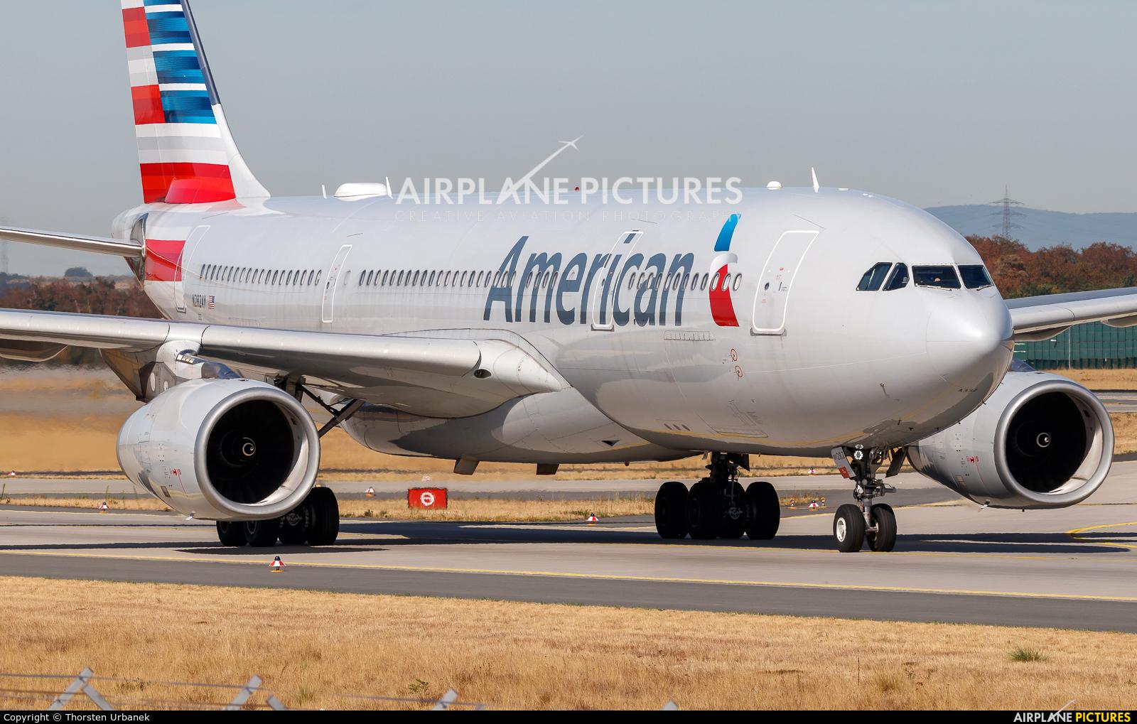 American Airlines N282AY aircraft at Frankfurt